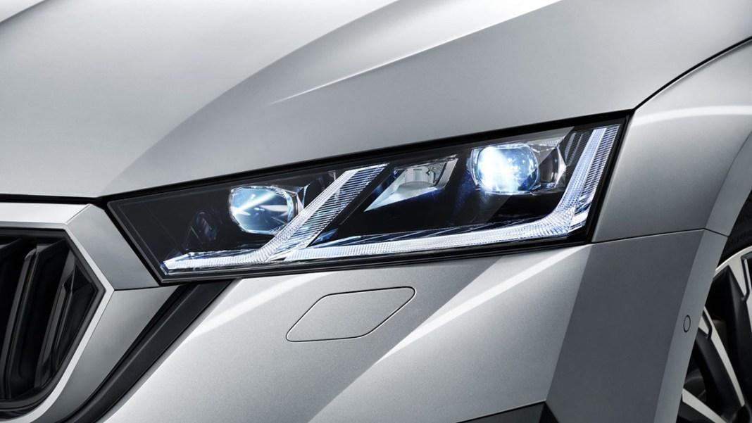 Skpda Octavia LED