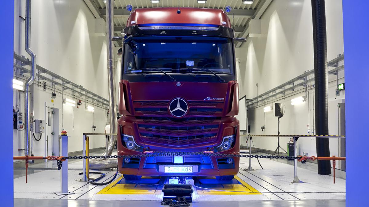 Mercedes Wörth Lkw Abholung