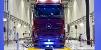 Mercedes-Benz invests around 70 million Euro in the development of present-day and future trucks