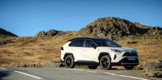 RAV4-2WD-Hybrid-Dynamic-Statics-15