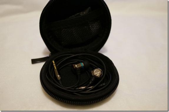 Avier 不鏽鋼金屬入耳式全音域耳機 DSC00833_thumb