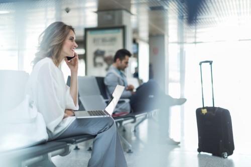 iStock airpor laptop 601912720 - Insurance industry looks online as readership figures soar