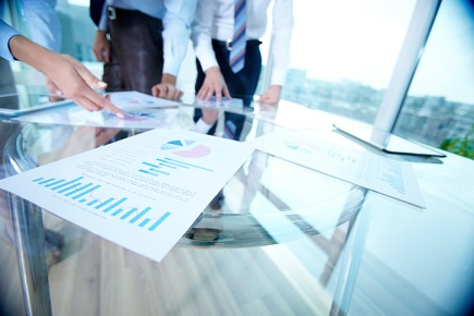 iStock meeting report graph increase business analysis 171591693 - Validus reports $eight.7 million in fourth quarter losses