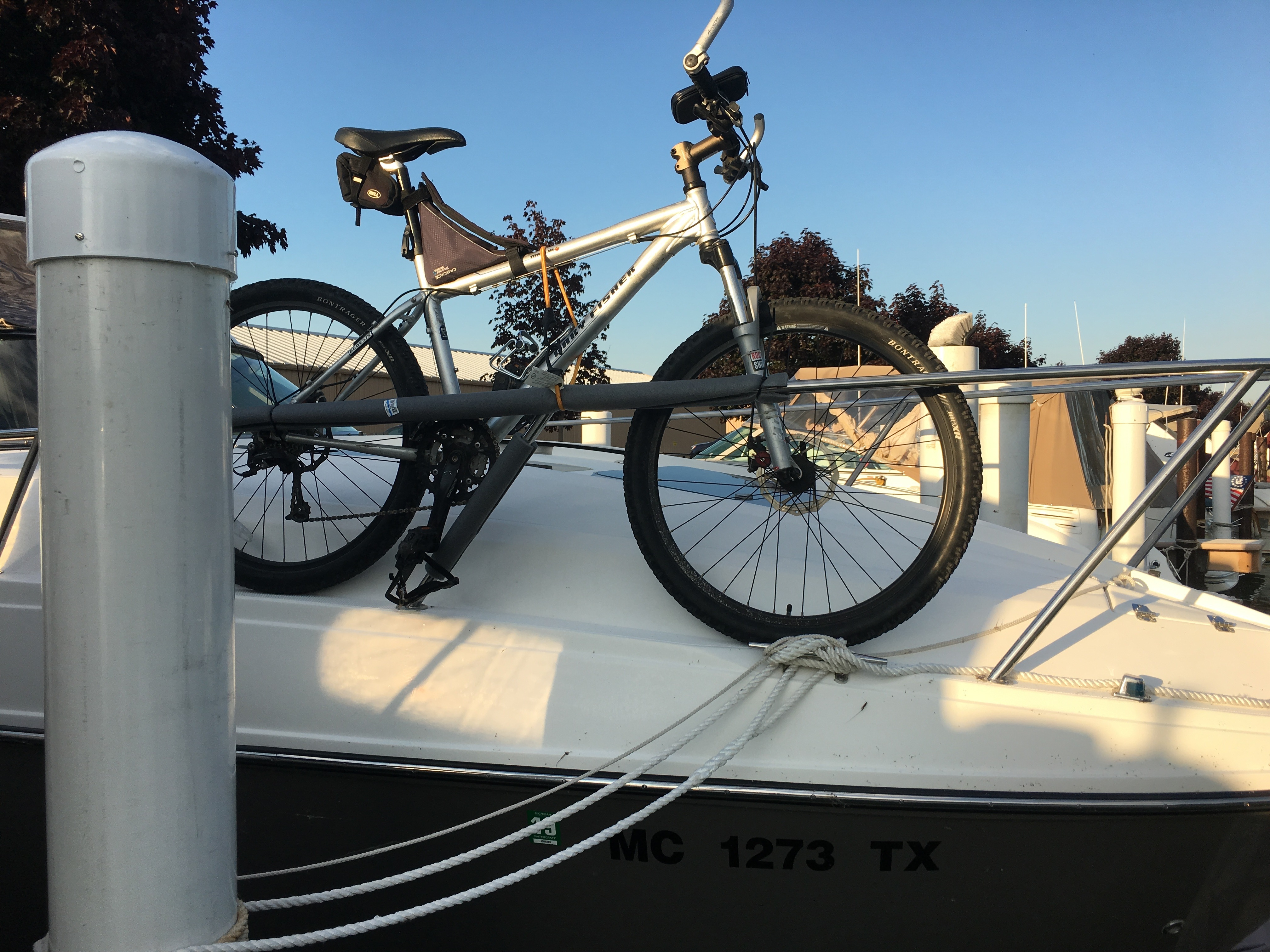 Rinker 310EC Bicycle Storage Recommendation