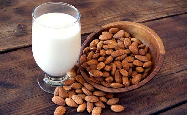Calories in almond milk