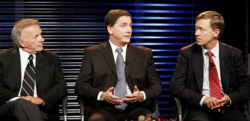 From left: Tom Tancredo, Dan Maes, and John Hickenlooper in a three-way debate in Colorado's gubernatorial election. Image: ##http://www.washingtontimes.com/news/2010/sep/14/tancredo-gets-good-news-in-polls-court/##AP##