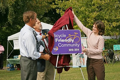 Bill Haslam, left, helps unveil a sign announcing Knoxville as a Bicycle Friendly Community. ##http://www.bikeknoxville.blogspot.com/##Bike Knoxville##