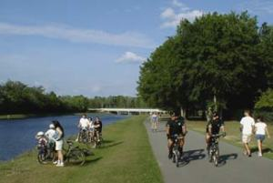 This trail goes right past the AAA HQ in Heathrow, Florida. Bike/ped advocates say AAA is trying to take dedicated funding away from trails. Image: ##http://www.americantrails.org/02symposium/mobileNTS02.html##American Trails##