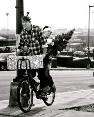 All the yuletide spirit you can fit on one D.C. bikeshare bike. Photo by ##http://www.flickr.com/photos/benavente/##pablo.raw##
