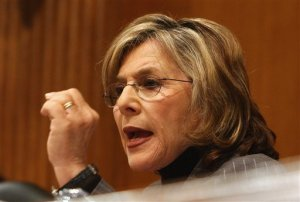 Photo from ##http://www.zagasi.com/senator-barbara-boxer-calls-out-gop-on-environmental-policies/221416/##Zagasi##