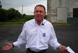 Richard Hanna outside the old GE building in Utica. Image: ##http://www.uticaod.com/elections/x201793203/Hanna-running-for-Congress-again##Bryon Ackerman / Utica Observer-Dispatch##