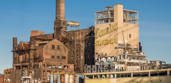 Brooklyn's sweet ruin: fotoboek van oude fabriek