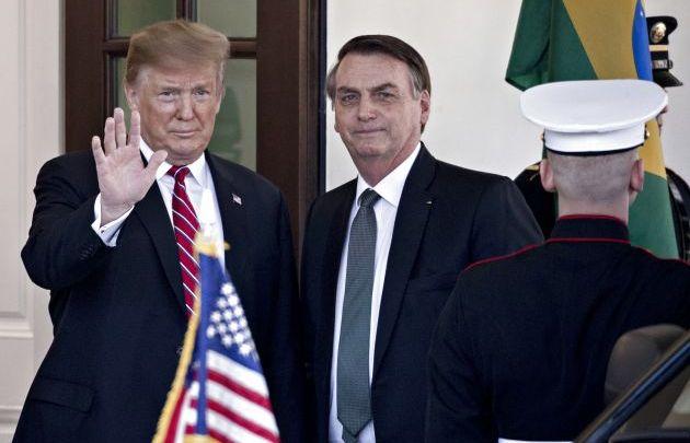 """Photo of ترامب يمنح البرازيل مكانة """"الحليف العسكري الرئيسي"""""""