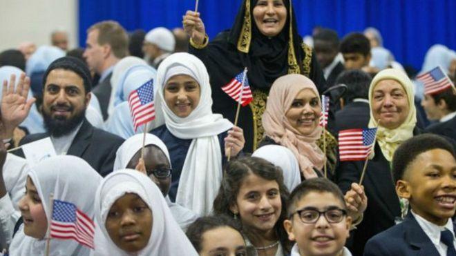 Photo of 100 الف دولار من أجل لم شمل مسلمين في امريكا
