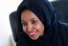 "Photo of طبيبة أميركية تكشف تفاصيل ""خيانة"" إلهان عمر"