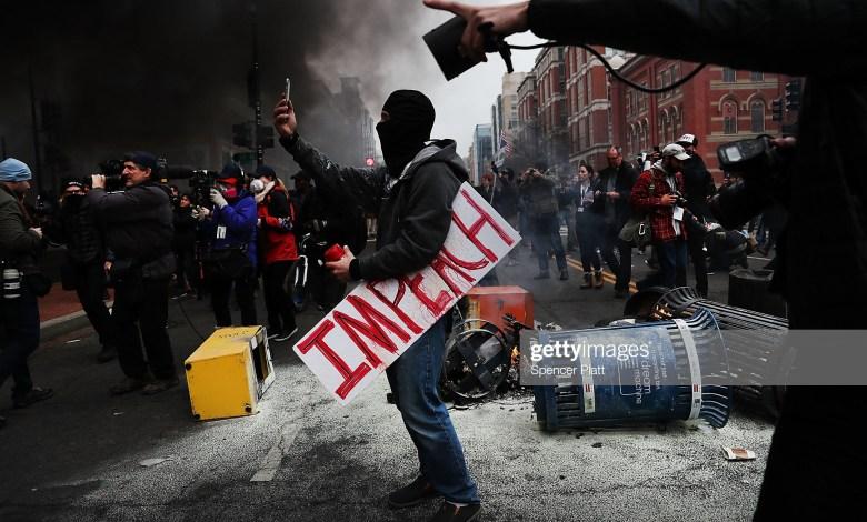 Photo of هل يشتعل تعصب الانجيليين حرباً أهلية جديدة في أمريكا ؟
