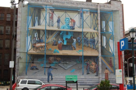 Wandgemälde am Parkplatz Market Street Ecke 9th