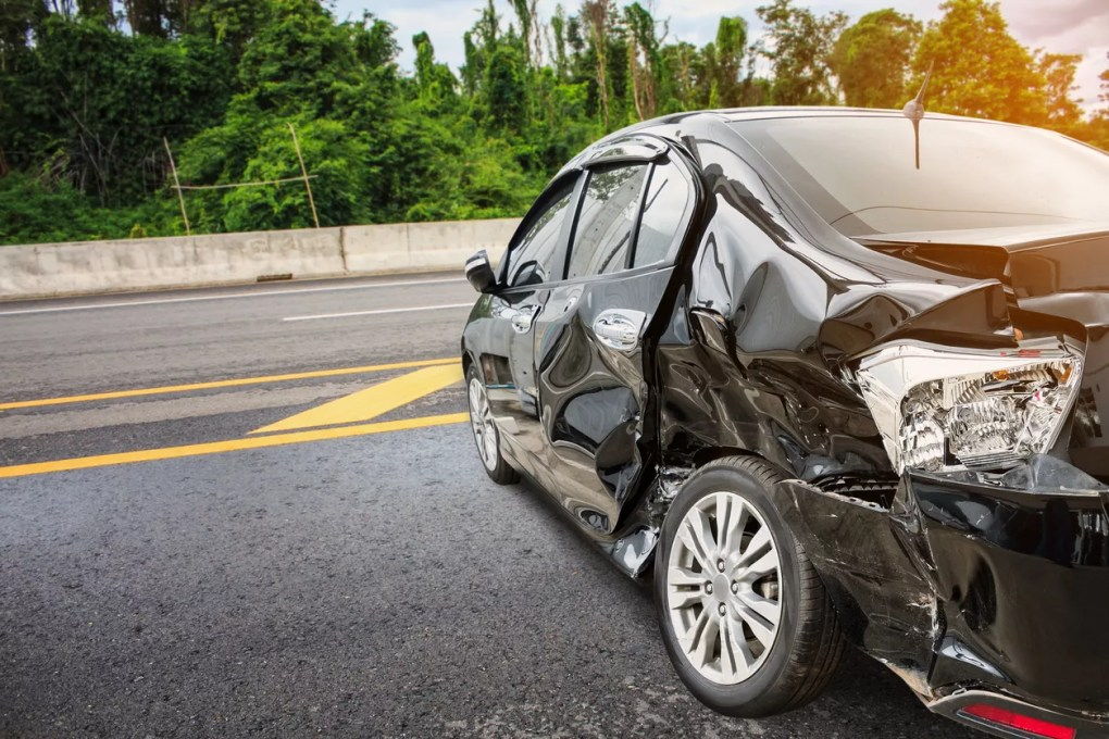 Man Injured in Car Accident on Highway 101 near Bates Road [Carpinteria, CA]