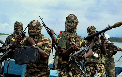 USAfrica: AK-47 and uncontrolled access to arms. ByChidi Amuta