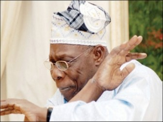 olusegun-obasanjo_making-a-point