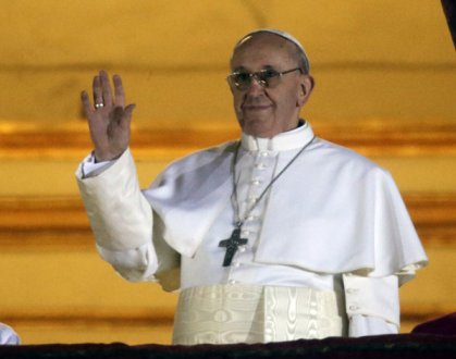 Pope_Francis_1-first-appearance-march13-2013