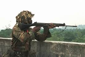 nigerian-soldier-aiming