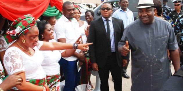 USAfrica: Enugu Gov. Ugwuanyi upgrades Orba clinic to general hospital
