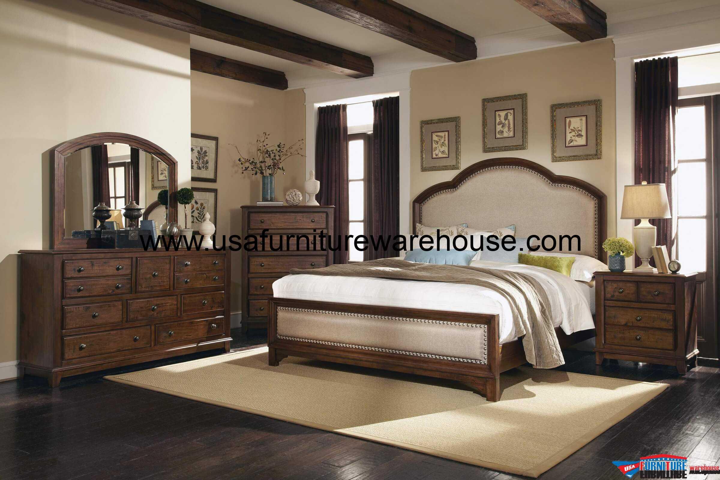 Coaster Furniture 4-Pc Laughton Upholstered Distress