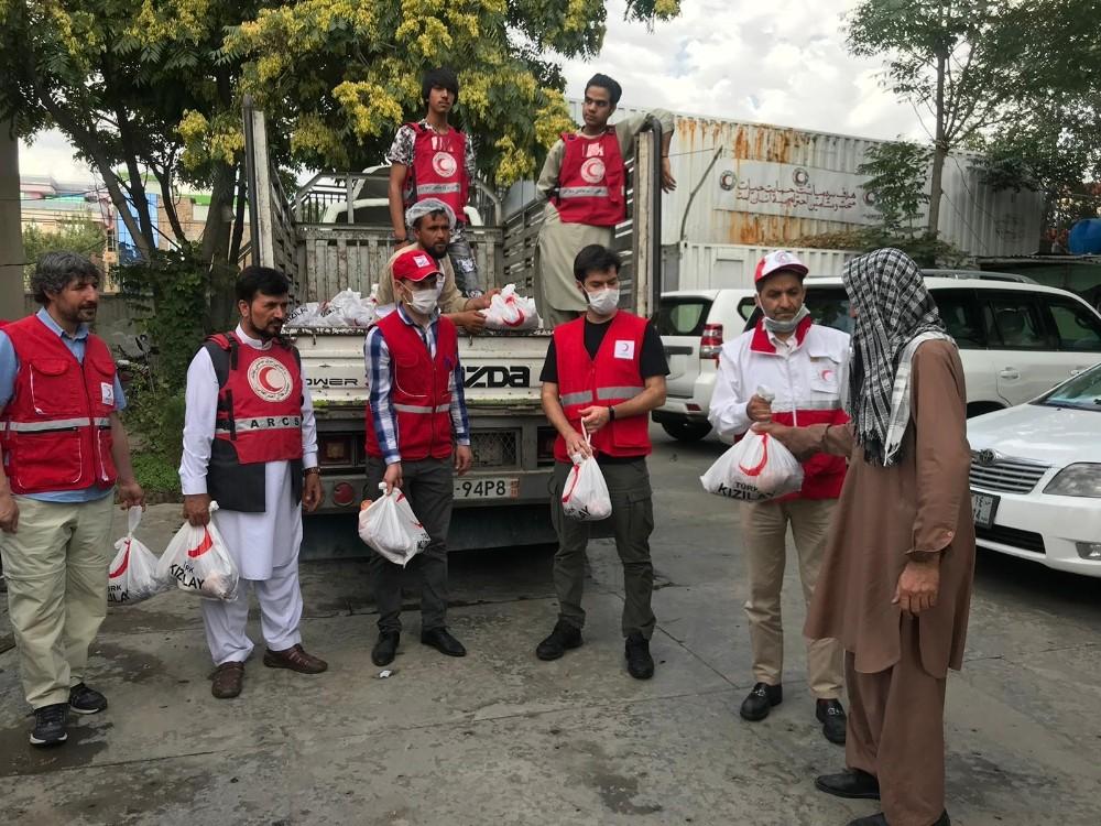 Türk Kızılay, Afganistan'daki 12 bin aileye kurban eti dağıttı