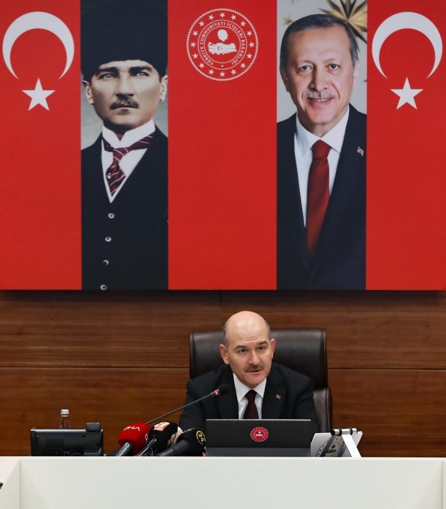 """Bakan Soylu'dan çıplak arama iddialarına sert tepki; """"Gergerlioğlu FETÖ'cü bir teröristtir"""""""