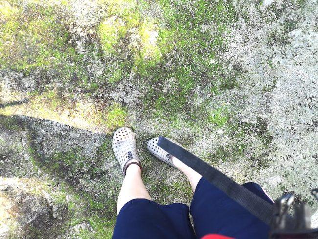 プエルトガレラのケーブ入るようの靴