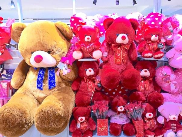 フィリピンのバレンタインデーのテディベア