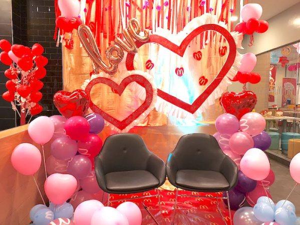 フィリピンのバレンタインデーのカップル席