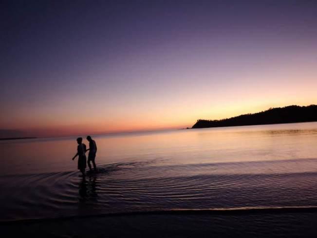 フィリピンでウルルン-ロンブロンの海でポケモン