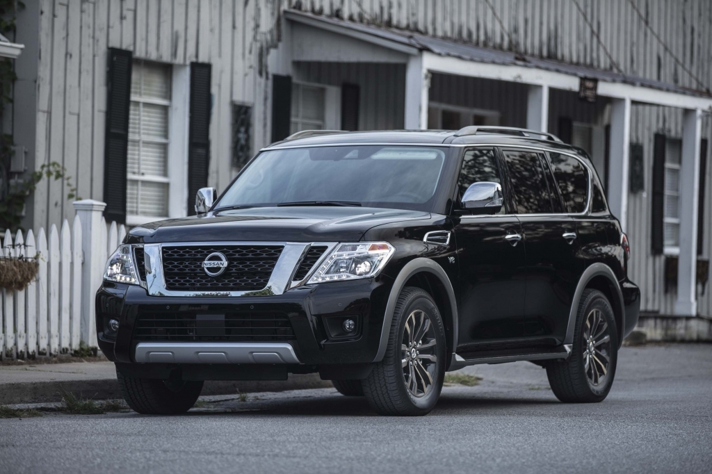 2021 Nissan Armada Wallpaper