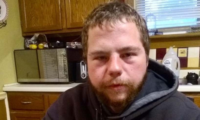 Jeremy Dufresne Shakeen Robbins Dunkin' Donuts Worker Pours Water On Homeless Man