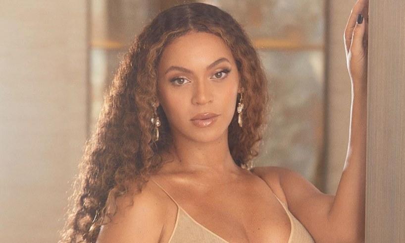 Beyoncé 'Black Parade' Jay-Z Blue Ivy Carter Rumi Sir