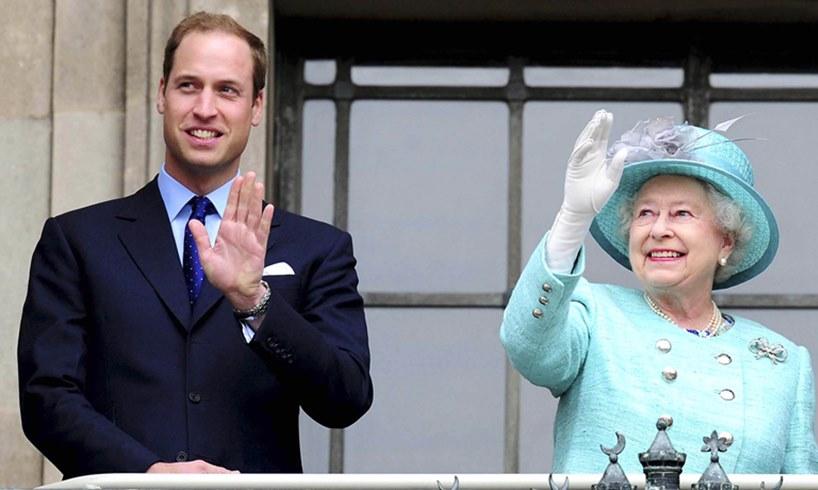 Britain's Queen Elizabeth and Prince William