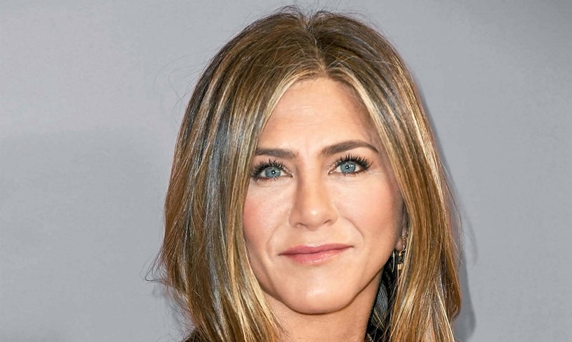 Jennifer Aniston's Ex-Husband, Justin Theroux, Backs Her Amid Voting Backlash - Actor Is Slammed By Critics - US Daily Report