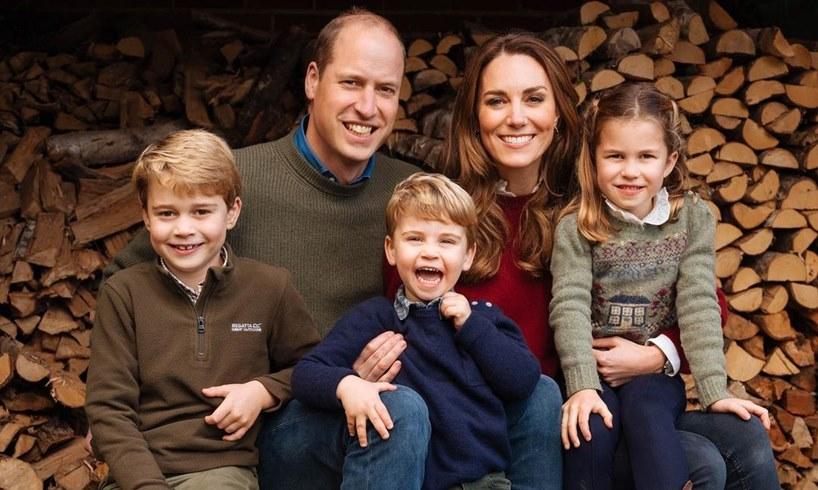 Prince William Kate Middleton Christmas Photo Messy Reality