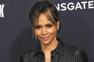 Halle Berry Van Hunt Kiss Girl Photo