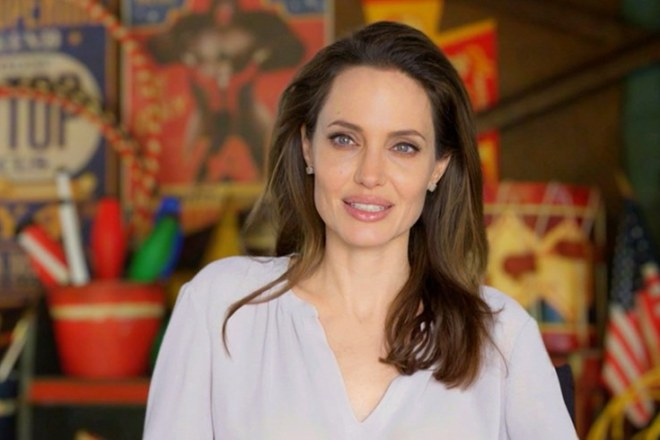 Angelina Jolie Daughter Vivienne Marcheline Brad Pitt Divorce