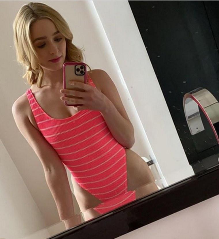 Greer Grammer Bathing Suit Netflix Movie Kelsey Daughter