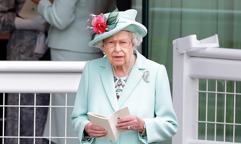 Queen Elizabeth Prince Harry Meghan Markle Invitation Jubilee