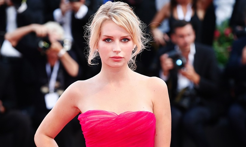 Kate Moss's Sister, Lottie Moss, Leaves Little To The Imagination In Photos From Recent Appearances - US Daily Report