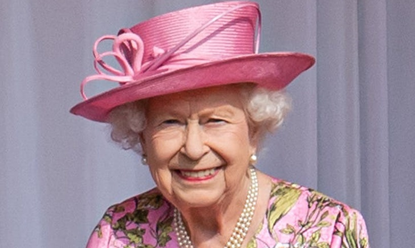 Queen Elizabeth Meghan Markle Book Snub