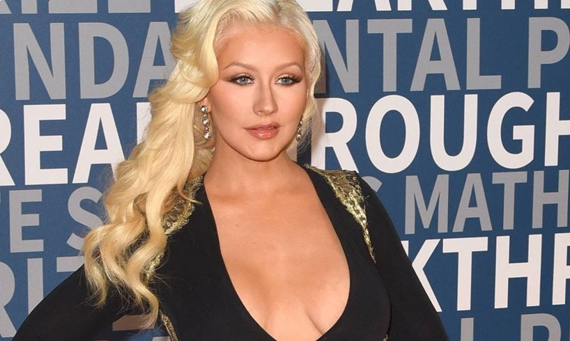 Christina Aguilera Drops Her Clothes For Stunning Photo As