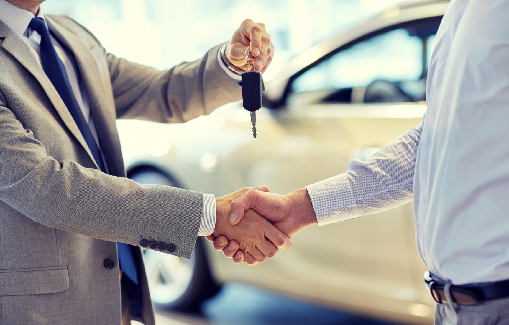 車を売るときの自賠責保険や任意保険などの保険について
