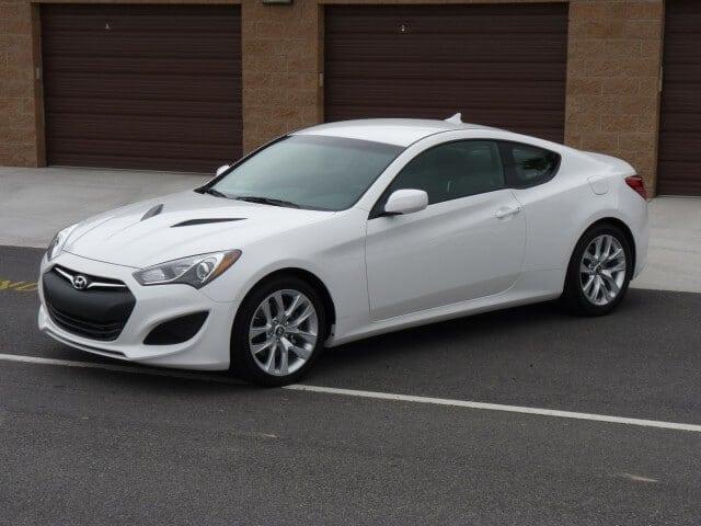 Hyundai Genesis 2013 Great Condition