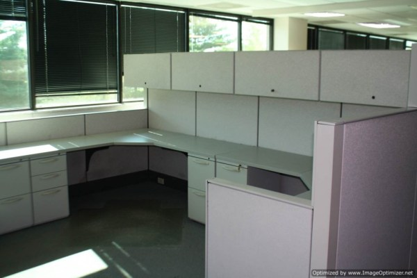 Used Herman Miller SQA Cubicles 6x6 Typical St. Louis Missouri3